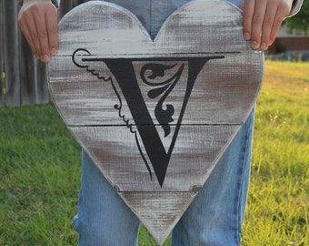 Pallet Wood Sign - Personalized - Pallet Board - Initial - Shabby Cottage Chic - Rustic Barnwood Decor - Hand Painted - Southern Style