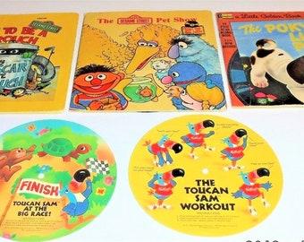 3 Different 1977 Read Along Books Oscar Gouch, Pet Show, Poky Puppy + Extras 33 1/3 RPM + 2 Kellogg's Toucan Sam