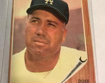1962 Duke Snider Baseball Card #500. VG Shape.