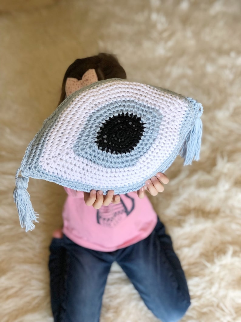 Evil eye pillow, pillow, crochet eye, crochet pillow, golden evil eye, boho  home decor, throw cushion, blue evil eye