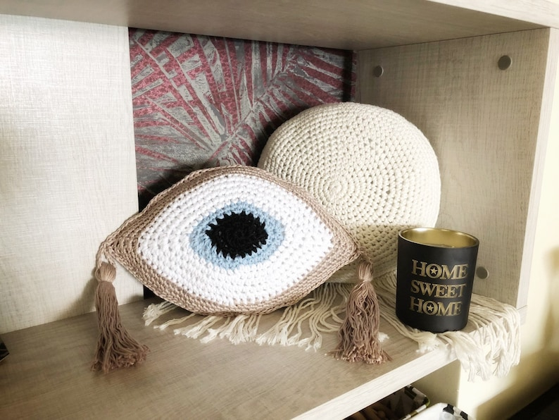 Evil eye pillow, pillow, crochet eye, crochet pillow, golden evil eye, boho  home decor, throw cushion