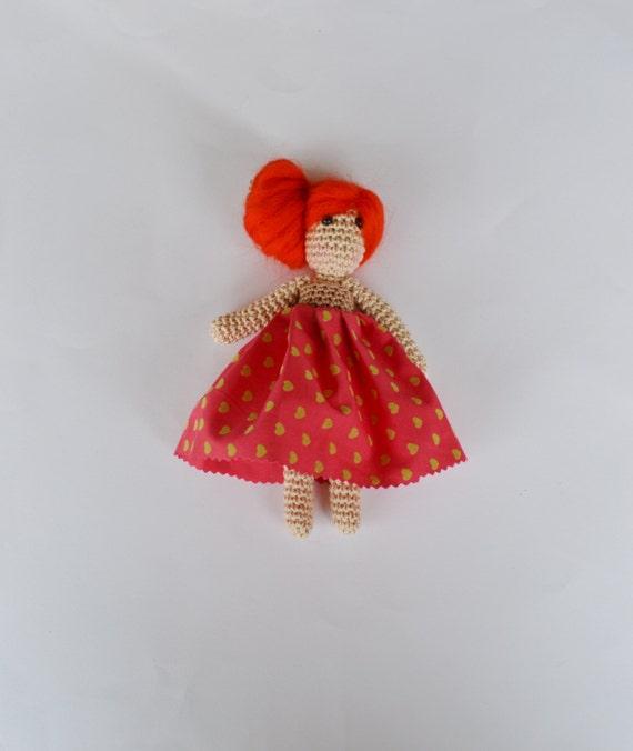 Crochet poupée, Crochet Amigurumi poupée, jouet à la main, fil coloré lumineux, poupée rouge, coton et fil peluche, choisissez votre couleur