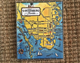 Map of St. Petersburg Sign - Photo on Wood