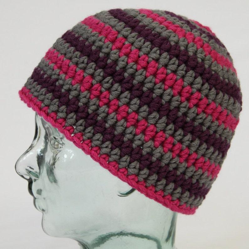 Handmade in merino wool purple /& grey striped crochet beanie hat Unisex striped skull cap.. Fuchsia Men/'s or women/'s crochet ski hat