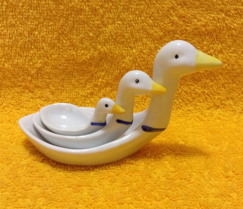 Tableware Kitchen Dining Kitchen Gadgets Country Decor Ceramic Spoons 3 Country Ducks Mesuring Spoons