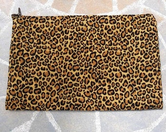 655705108281 Cheetah print cosmetic bag and coin purse - makeup bag - pencil case -  tampon purse
