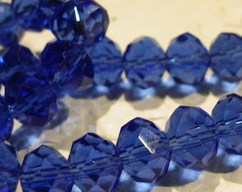 72 beads 10 mm glass CAB has faceted sapphire blue tumbler