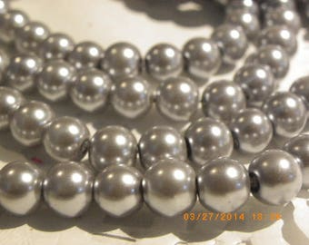 100 Pearl 8 mm grey silver glass beads
