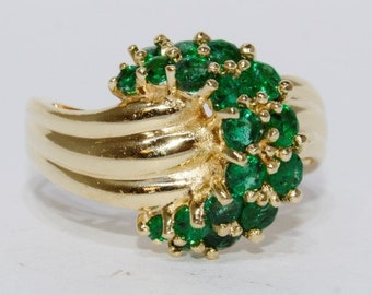 May Birthstone - Vintage 14k Yellow Gold, Emerald Cluster Ring Size 6