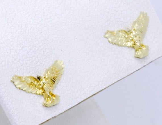 14K Solid Yellow Gold Diamond-Cut Large Bird Flyin