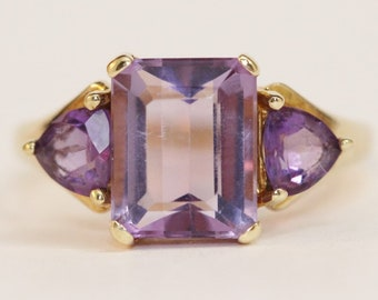 February Birthstone - Amethyst Set in Yellow Gold Ring Size 7