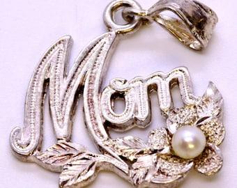 Custom Vintage 925 Sterling Silver and Pearl Flower Pendant