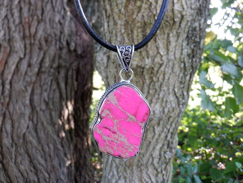 Healing Crystal Jewelry Gift for Mother/'s Day Adjustable Cord Choker Pink Sea Sediment Crystal Pendant Necklace