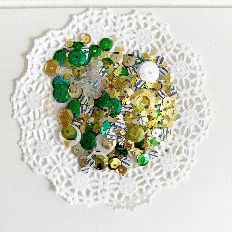 St Patricks Day sequins mix image 0