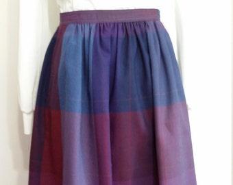 Liz Claiborne skirt, XS, S, purple skirt, plaid skirt, purple plaid skirt, 70s skirt, colorblock skirt, wool skirt