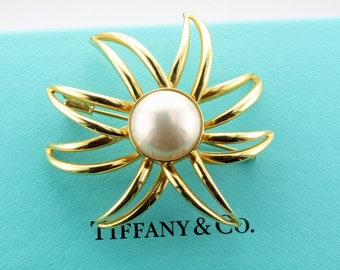 f00ee3a41 Tiffany & Co 18k Yellow Gold Pearl Fireworks Brooch Pin