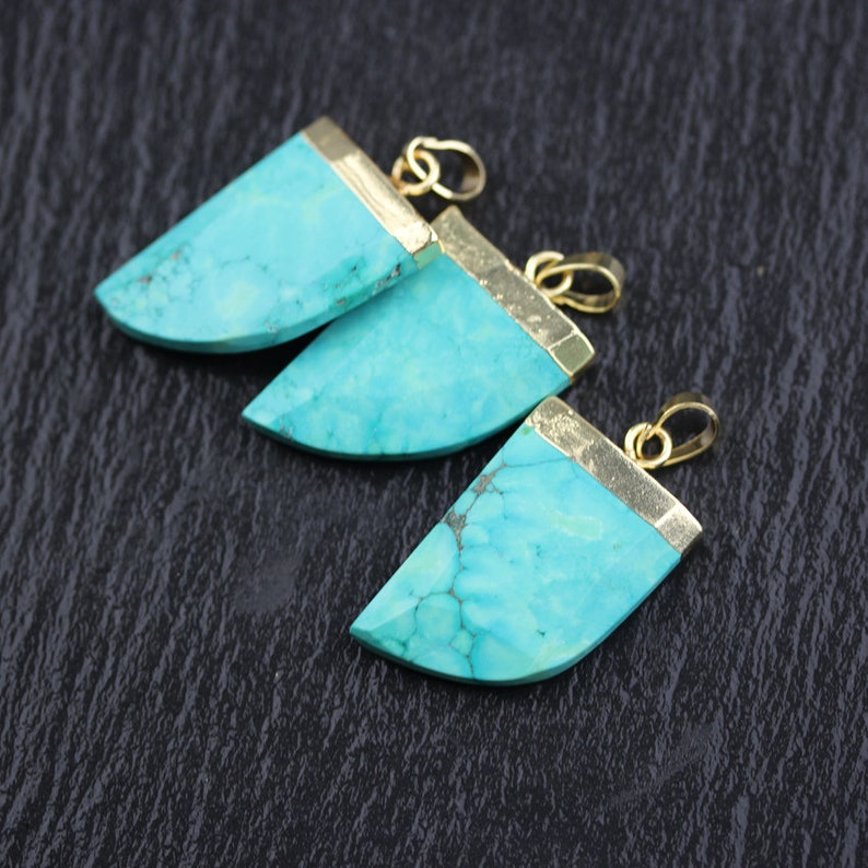 22x30mm,Blue Turquoise Howlite Horn Slice Pendant,Golden Plated Copper Charms Jewelry Findings