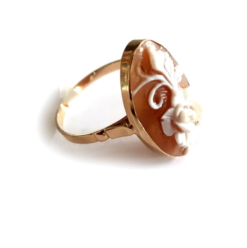 Gold shell cameo ring floral italian cameo jewelry donadio cameos shell bague cam\u00e9e \u043a\u0430\u043c\u0435\u044f \u043a\u043e\u043b\u044c\u0446\u043e \u30ab\u30e1\u30aa\u30ea\u30f3\u30b0 anillo camafeo