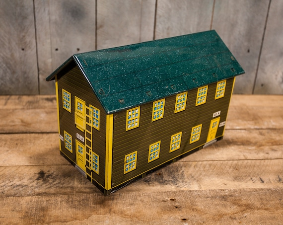 Vintage 1950s Marx Tin Army Barracks Toy Cabin Building Kids Toy Military Man Cave