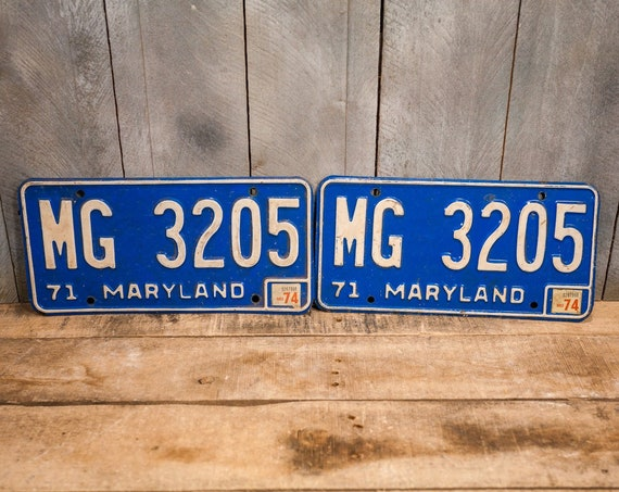 Vintage 1971 Maryland License Plate Metal Matching Set Blue White Rustic Distressed Wall Hanger Garage Man Cave Decor Automotive Decor