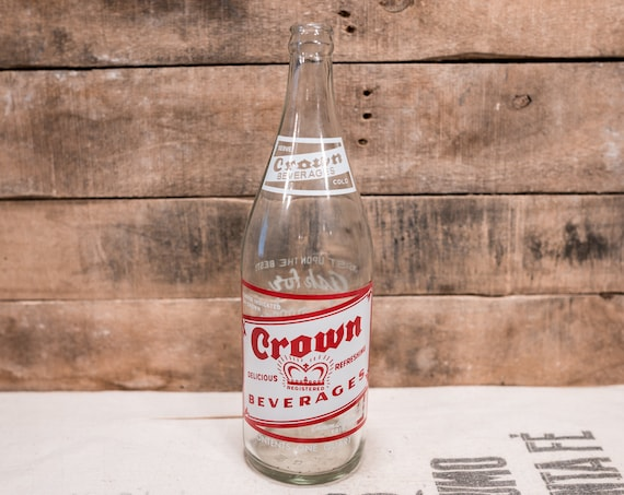 Vintage Crown Beverages 1 Quart Bottle Red White ACL Glass Bottle Erie PA Crown Bottling Works