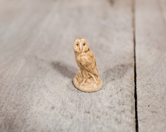 Vintage Red Rose Tea Owl Wade England Collectable Figurine Rose Tea Figures Pottery Miniature Figurine