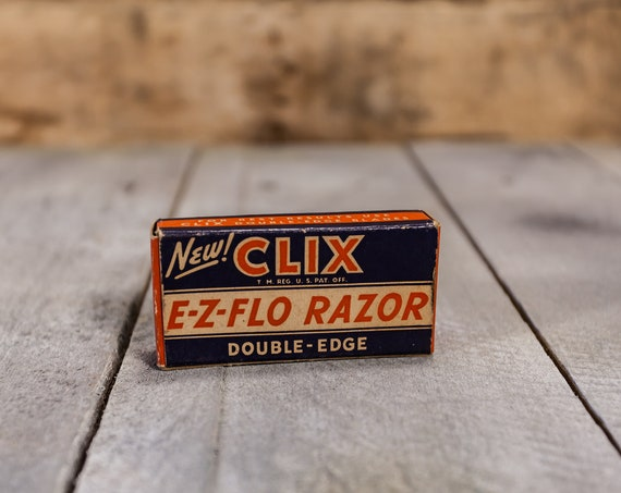 Vintage Clix E-Z-Flo Razor Double Edge in Box Advertising Man Cave Barber Shop Red White Blue Conrad Razor Blade Co. NY American Red Cross