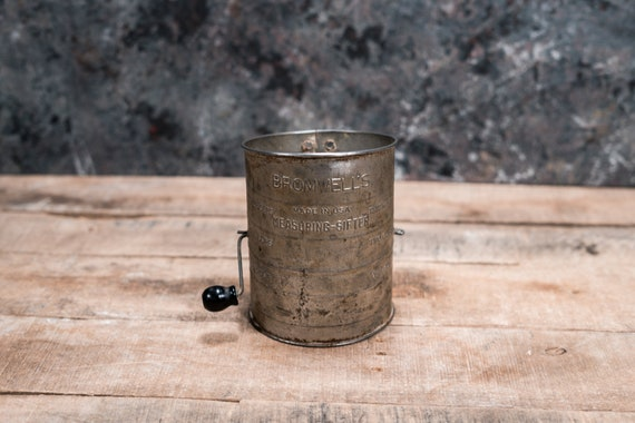 Vintage Bromwell's Measuring Sifter Flour Sifter 3 Cup Measuring Sifter Rustic Kitchen Country Farmhouse