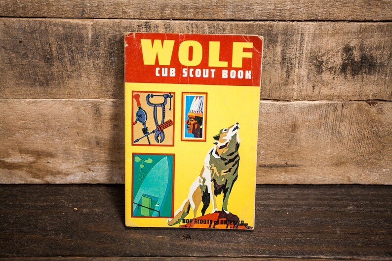 Vintage 1960s Wolf Cub Scout Handbook Outdoors Cabin