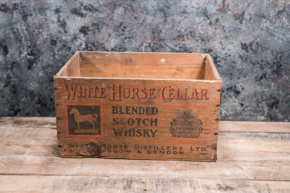 Vintage White Horse Cellar Blended Scotch Whiskey Wooden Crate Glasgow Scotland Primitive Box Carrier Storage Wooden Rustic Bar Man Cave