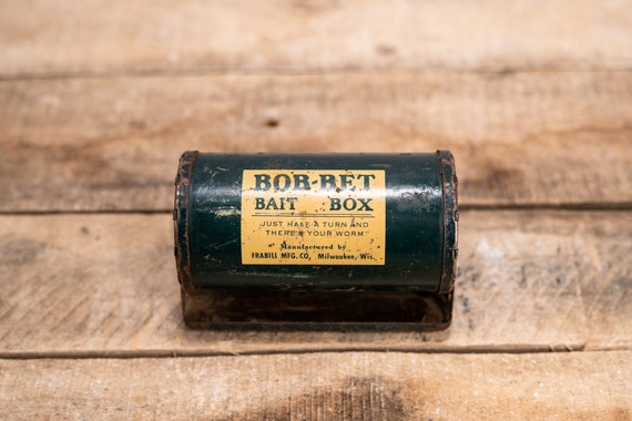 Vintage Bob-Bet Fishing Bait Box Green Metal Worm Tin Carrier Rustic Man Cave Decor Fishing Cabin Decor