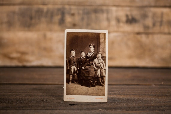 Antique Cabinet Card Photography Mom with Children Photo Woman Kids Photograph Photo Props