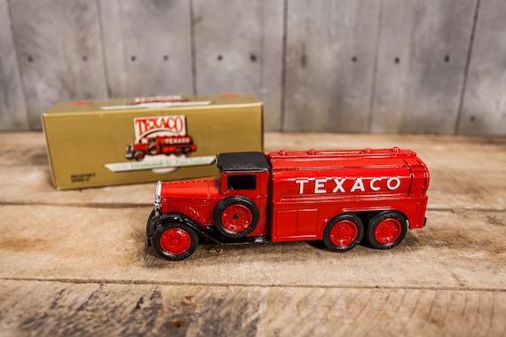 Vintage 1930 Diamond Texaco Fuel Tanker Bank Die-Cast ERTL Bank Collector Series 7 Red Black Nursery Kids Room