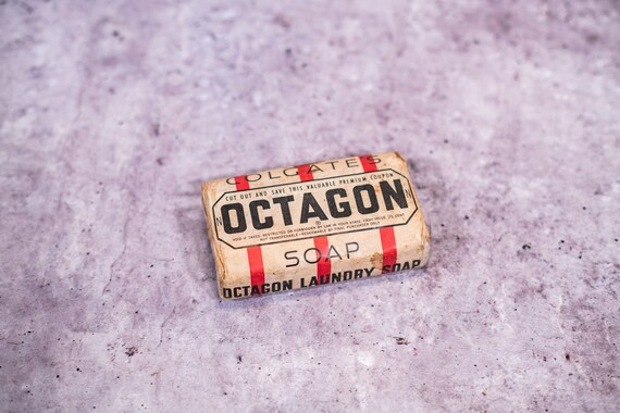 Vintage 1940s Colgate's Octagon Soap Bar Original Unopened Package Advertising Bathroom Laundry Room New Old Stock