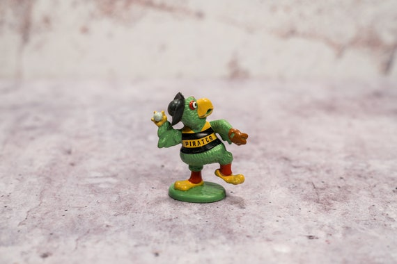 Vintage 1989 Pittsburgh Pirates Parrot Action Figures MLB Mascot Baseball Man Cave Pitcher