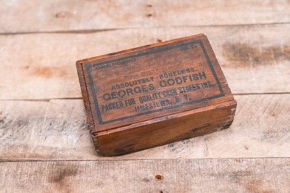 Vintage Georges Codfish Wooden Cod Box Advertising Box Rustic Storage Box Cabin Kitchen Fishing Fisherman Jamestown NY
