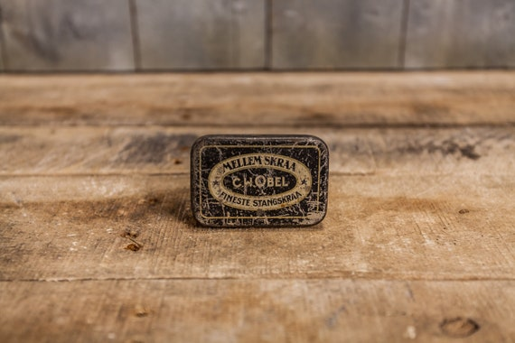 Vintage C.W. Obel Mellem Skraa Tobacco Tin Danish Denmark Tobacciana Man Cave Rustic Advertising Tin