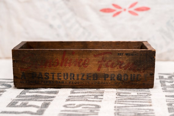 Vintage Rare Sunshine Farms Wooden Cheese Crate Box Advertising Country Farmhouse