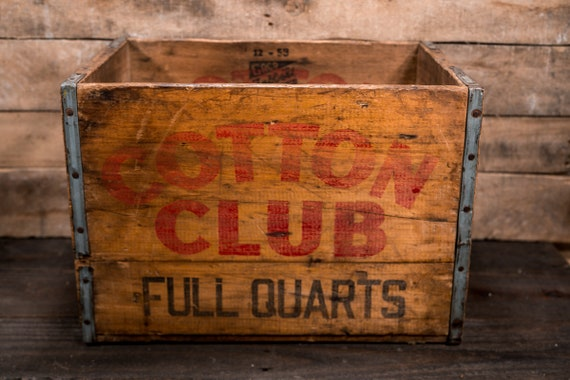 Vintage Cotton Club Wooden Soda Pop Crate Box Metal Rustic Carrier Black Red Cleveland Akron Ashtabula