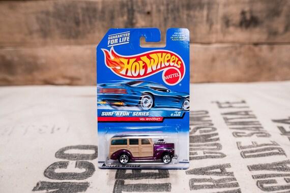 Vintage Hot Wheels 1998 40s Woodie Surf'n Fun Series #961 Mattel Collectable Toy Unopened Original Car Kids Man Cave
