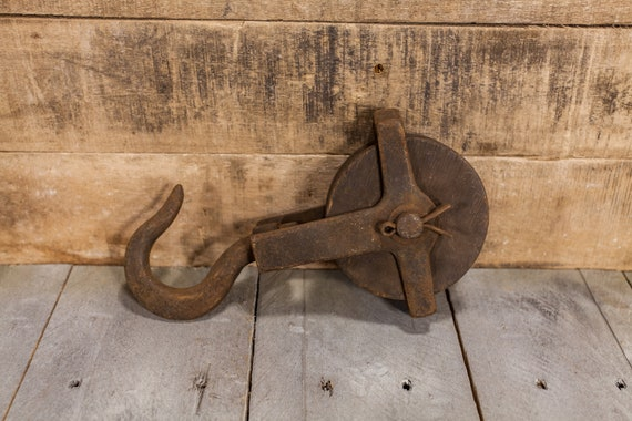 Vintage Cast Iron Wood Pulley Rustic Primitive Barn Farmhouse Pulley Iron Rope Pulley Block Pulley Nautical Maritime