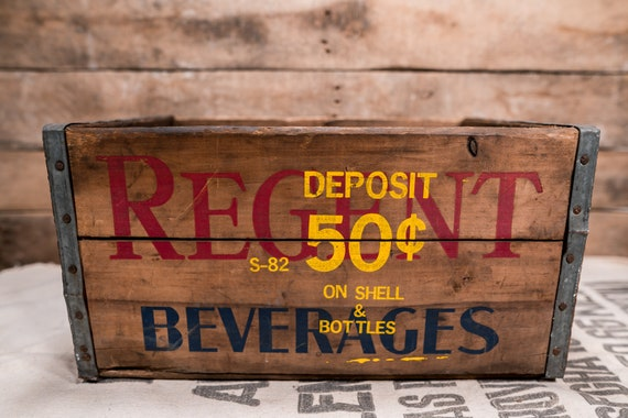 Vintage Regent Beverages Wooden Crate Regent Bottling Co. Pittsburgh PA Box Metal Rustic Carrier Blue Red