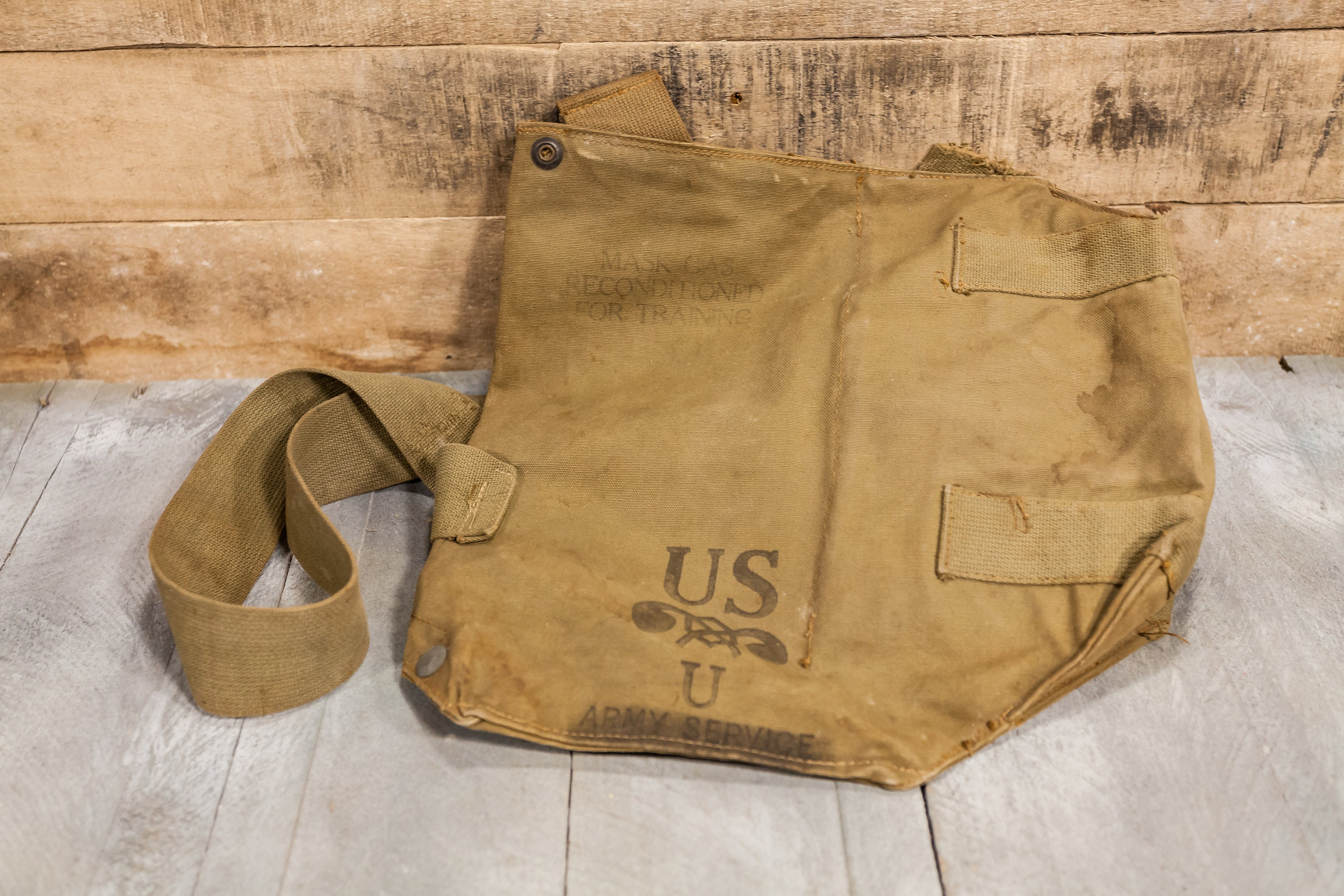 Vintage Military Issued Gas Mask Bag US Military Duffle Bag Large ... 05d9a6ded737f