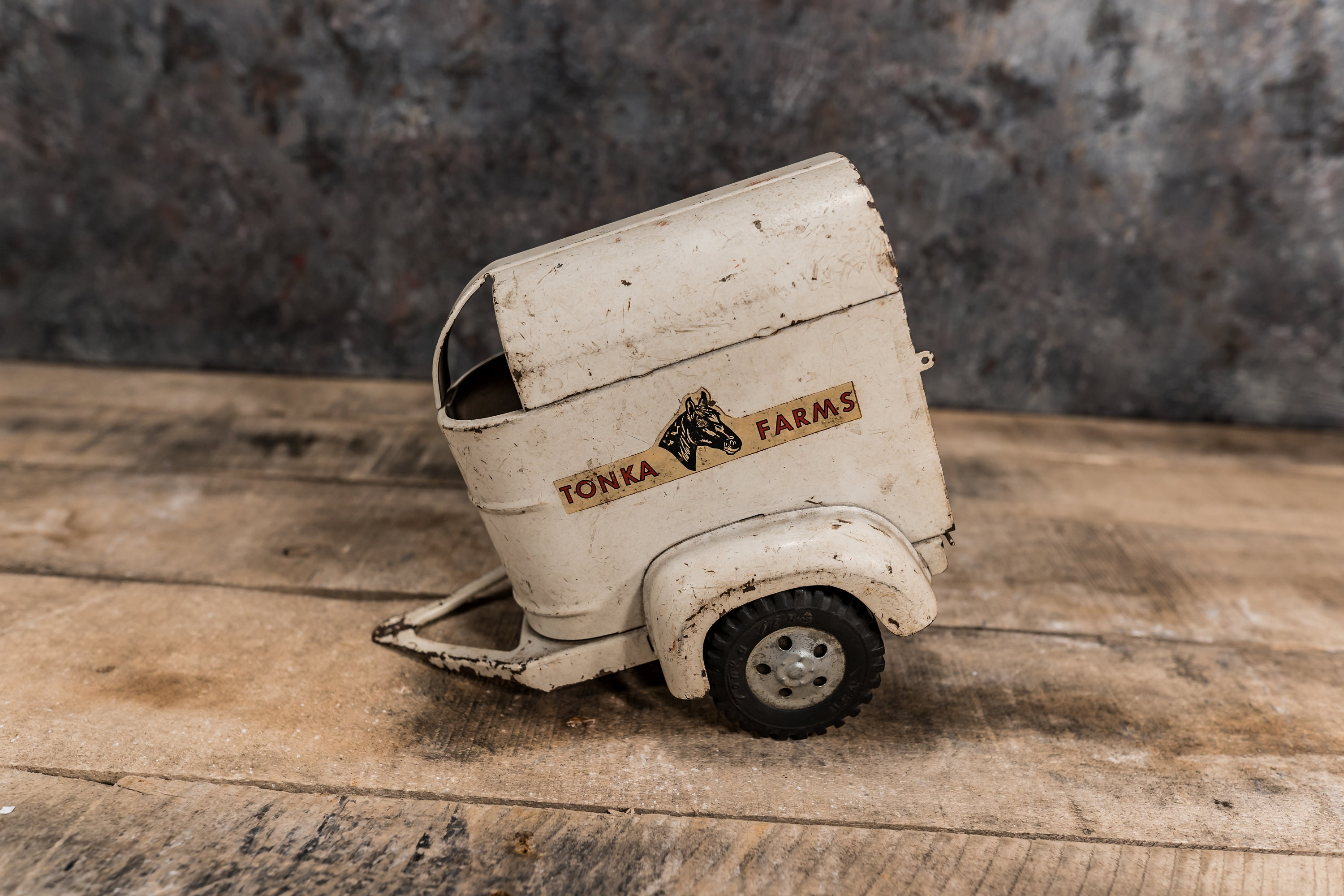 Vintage Tonka Farms Horse Trailer White Rustic Toy Pressed Steel
