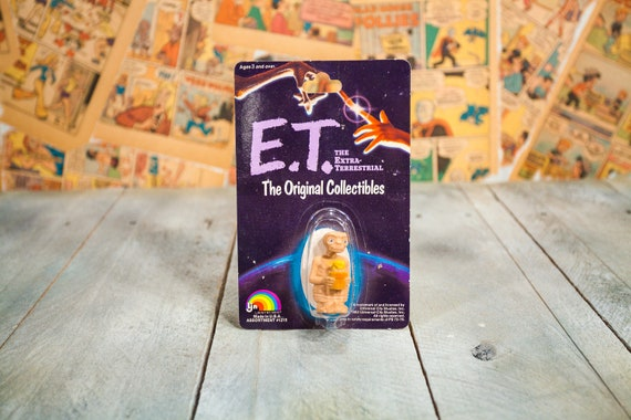 Vintage 1982 ET Action Figure Unopened Collectable Toy Universal City Studios Movie Extraterrestrial Alien Outer Space Kids Man Cave