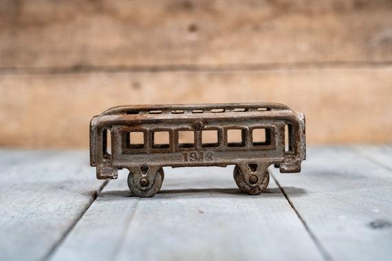Vintage Cast Iron Toy Train Passenger Car Railroad No. 1918 Kids Room Nursery Rustic