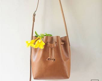 7934e04ccc4f DUNTROON NEW MODEL    Lightweight    Leather Bucket Bag   Tan Color   Full  Grain Leather   Handmade