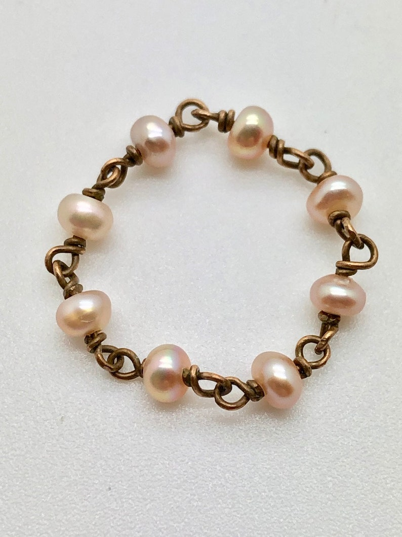 Pink Pearl /& Bronze Stackable Chain Ring