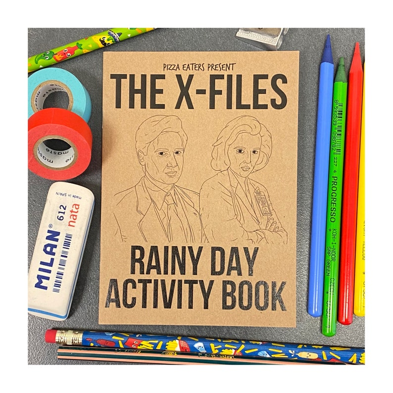 The X-Files Rainy Day Colouring & Activity Book image 0