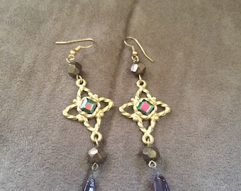 Vintage Goldtone Star and Rhinestone Dangle Design Earrings, 3'' Long and 1'' Wide